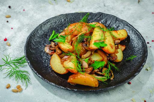 Беби картофель с грибами