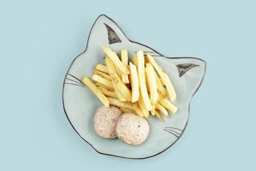 Куриные котлетки на пару с картофелем фри